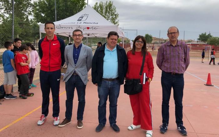 Fernando Muñoz en las jornada de iniciación deportiva Somos deporte 3-18 celebrada en Cobisa