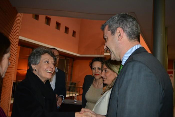 Álvaro Gutiérrez con Rosa María Mateo