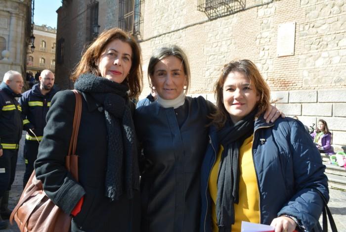 Manzaneque con Milagros Tolón y Eva Ocaña