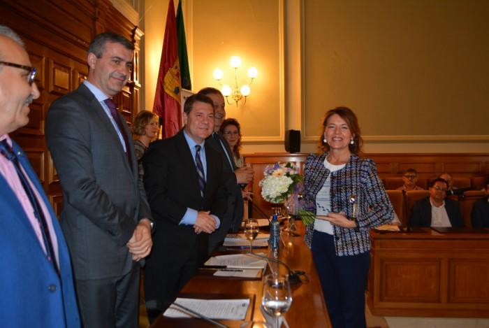 Entrega del premio a Aurelia Sánchez