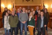 Álvaro Gutiérrez y la alcaldesa y vecinos y vecinas de Gerindote