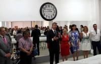 Álvaro Gutiérrez dirigiendo unas palabras a los vecinos y vecinas de Magán en Santa Marina